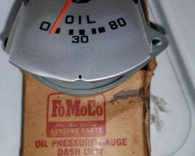 1951,1952,1953,1954,1955 ford truck oil gauge nos ford # 1C 9273 A