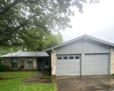 1102 Laurelhill Ct, Arlington, TX 76015 3 Bedroom House