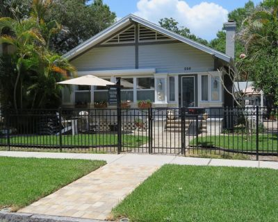 Historic Old Northeast/Downtown St. Petersburg Craftsman Bungalow! - Historic Old Northeast