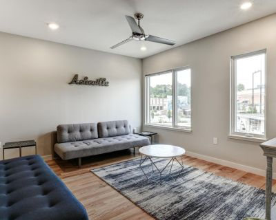 South Slope Townhome, Private Elevator, Rooftop Terrace, City and Mtn. Views - Downtown Asheville