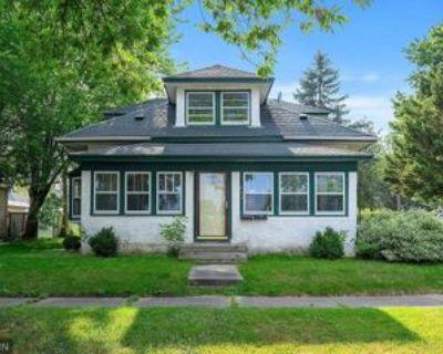 957 Galvin Ave #1, Saint Paul, MN 55118 2 Bedroom House
