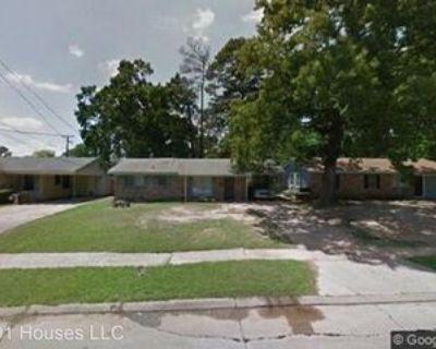 7132 W Canal Blvd, Shreveport, LA 71108 3 Bedroom House