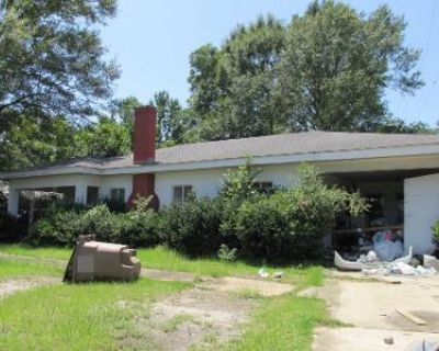 3 Bed 2 Bath Preforeclosure Property in Mobile, AL 36618 - Howells Ferry Rd
