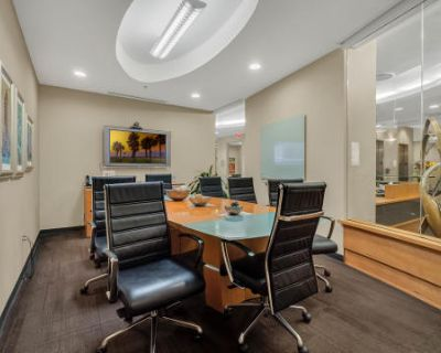 Fully Equipped Conference Room - Downtown Orlando, Orlando, FL