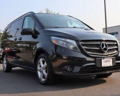 2016 Mercedes-Benz Metris Passenger Van Standard
