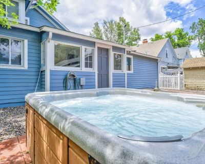 3BR Of Downtown King Bed, Dining, Has It All! - Central Colorado Springs