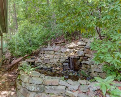 Secluded home in gated community w/access to shared pool - Big Canoe