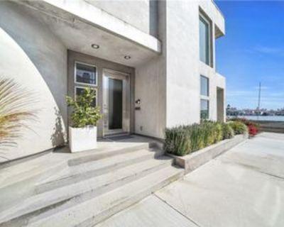 512 S Bay Front, Newport Beach, CA 92662 3 Bedroom House