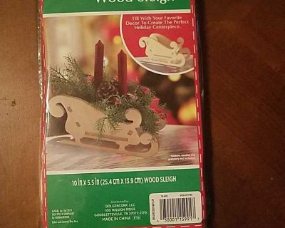 """NIP DIY Wood Sleigh. Size when put together: 10"""" x 5.5"""". Fill with your favorite decor to create the perfect centerpiece"""