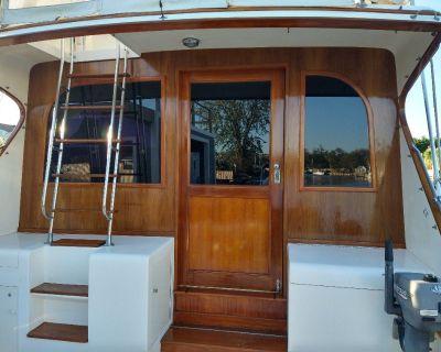 Boat Repair, Master Yacht Carpenter, Marine Woodworker, Suffolk co.