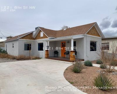 Come Check Out This Beautifully Furnished Home!! This Will Not Last Long! Available Now