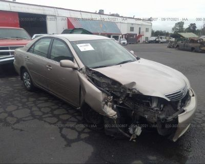 Salvage Gold 2005 Toyota Camry