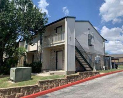 4949 Hamilton Wolfe Rd #9201, San Antonio, TX 78229 1 Bedroom House