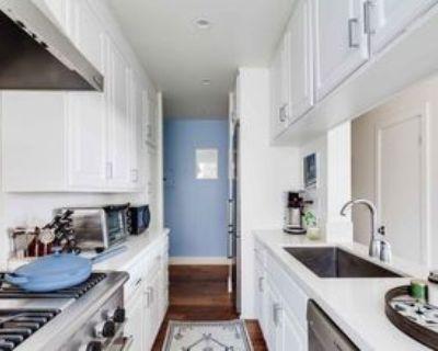 100 S Venice Blvd, Los Angeles, CA 90291 1 Bedroom Condo