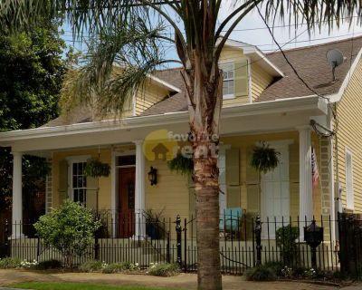 Gorgeous house, pet friendly, street parking, New Orleans, East Riverside