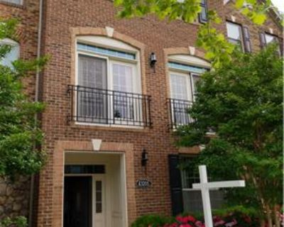 Spacious townhouse < 1 mile from upcoming metro