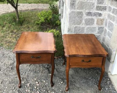 2 wood night tables