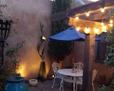 Romantic Private Adobe Retreat, Spa Bathroom, Modern Luxury furnishings - Los Duranes