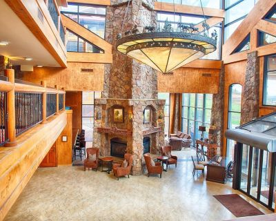 Located at Canyons Village Base w/ Free Shuttle, Resort Spa & Ski In/Out Access - Park City