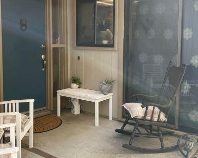 Private room with shared bathroom - Pleasanton , CA 94588