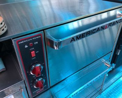 BLUE HEAVAN BRAND NEW AA CATERING TRUCK WITH SOLAR PANELS - Ford/ Hivco / Custom built / 2018