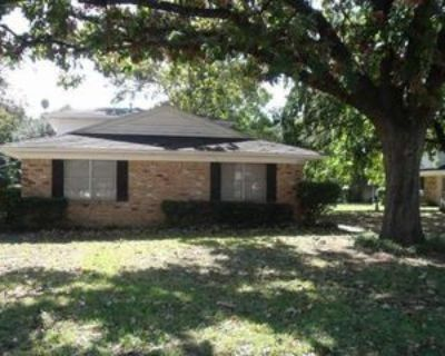 1520 W Tucker Blvd #A, Arlington, TX 76013 2 Bedroom Apartment