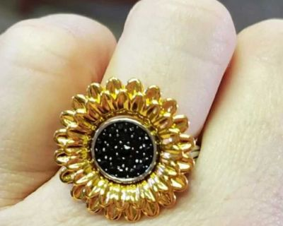 Sunflower ring size 7