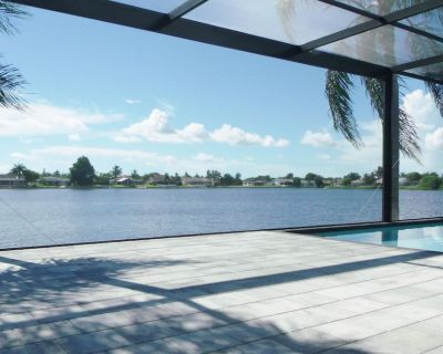 Breathtaking Pool Deck and Sunsets, Jacuzzi, Pool Table, Tennis, Bikes - Pelican