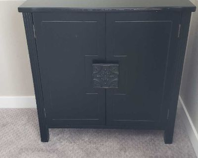 2 end tables or night stands