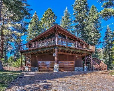 Mtn/Lake Views, Hot tub, Walk to Beaches, - Tahoe Vista