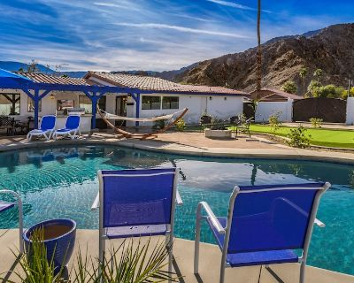 New mission style remodel, 3 patios, large pool, and putting green on extra lot - La Quinta Cove