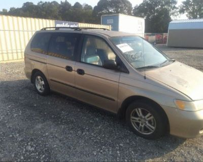 Salvage Gold 2001 Honda Odyssey