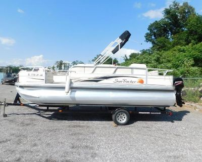 2010 Sun Tracker 21 Fishing Barge