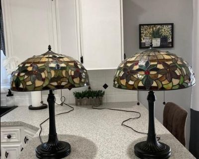 Pair of Tiffany style table lamps