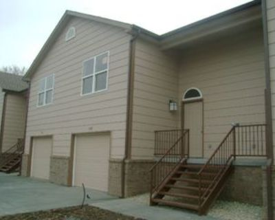 1112 Country Club Ln, Junction City, KS 66441 3 Bedroom House