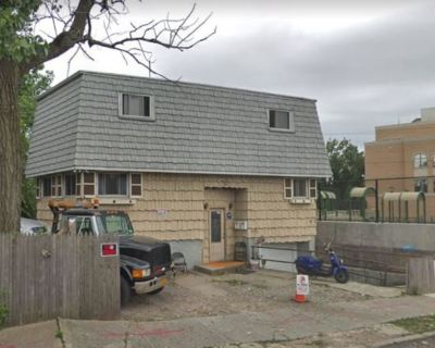 (ID#:1398319) Lovely 3 Bedroom Ozone Park House For Rent