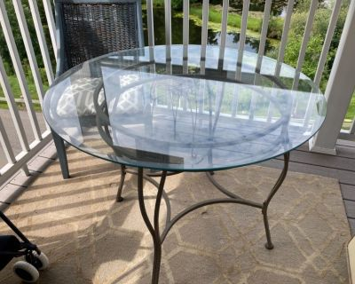 Webster NY, Glass dining table, 42 inches, sturdy base