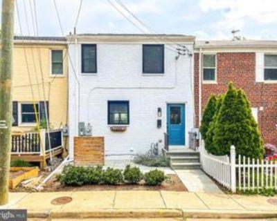 20 Kennedy St, Alexandria, VA 22305 4 Bedroom Apartment