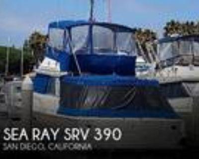 39 foot Sea Ray SRV 390