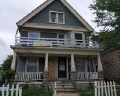 2638 N 23rd St, Milwaukee, WI 53206 2 Bedroom Apartment