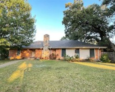 1314 Clover Hill Rd, Mansfield, TX 76063 4 Bedroom House