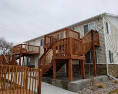 608 W 4th St #B, Cheyenne, WY 82007 2 Bedroom Apartment