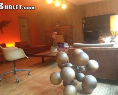 Laurel Canyon Blvd Los Angeles, CA 90046 2 Bedroom House Rental