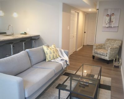 Private Executive Suite #2 - Large One Bedroom - Thornton