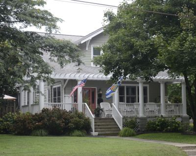 Walk to Town & Beach In Historic Lewes. Sheets & Towels for a week, Fri to Fri - Historic District
