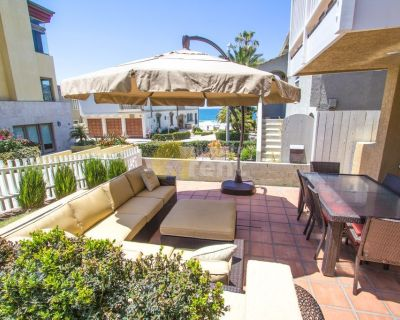 Oceanfront house with 2 bedrooms Sand Section, Manhattan Beach