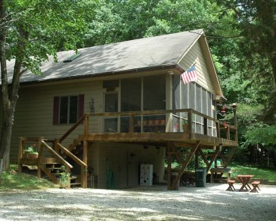 Cabin/Vacation Home In the Woods on Private Lake Close to Louisville, Ky - Posey Township