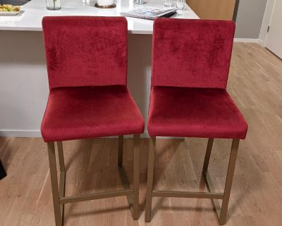 2 red tall chairs for kitchen / bar stools