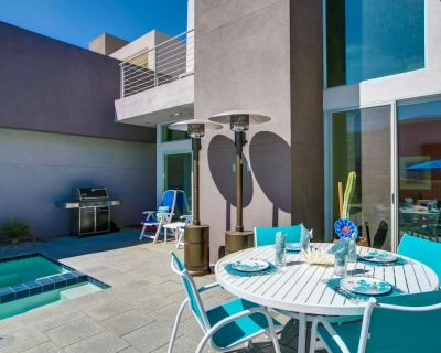 Modern Beautifully FurnishedTownhome Great Location with Private Spa and Pool - Palm Springs