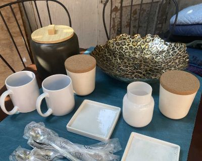Decorative Bowls,Mugs, Containers